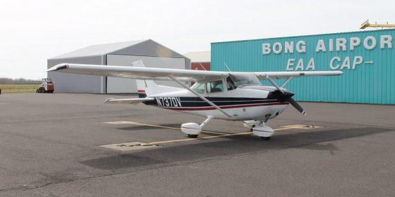 Cessna 172 N737DV