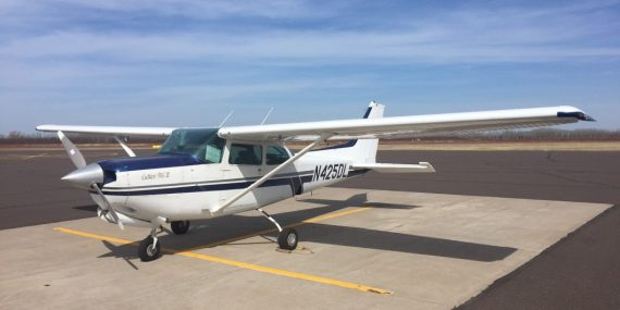 Cessna 172RG N425DL for rent